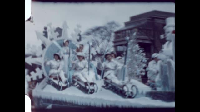 eaton's santa parade in the early 1960's - ノッティンガム点の映像素材/bロール