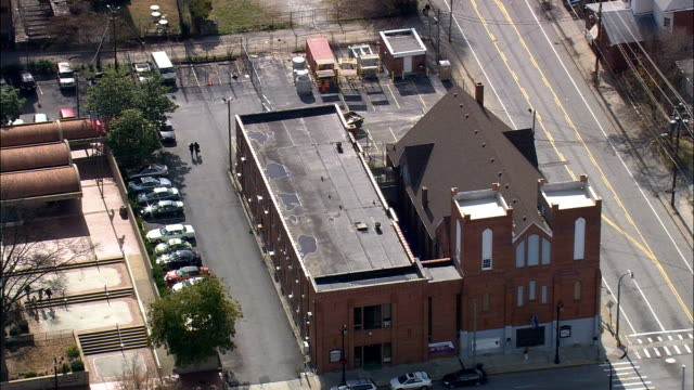 ebenezer baptist church  - aerial view - georgia,  fulton county,  united states - church stock videos & royalty-free footage