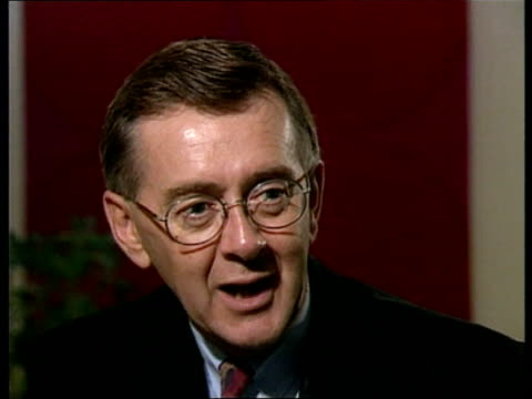 economic crisis faces conservative party:; canada: ontario: toronto: cms preston manning intvwd sot - we are grass roots democrats not a populist... - ポピュリズム点の映像素材/bロール