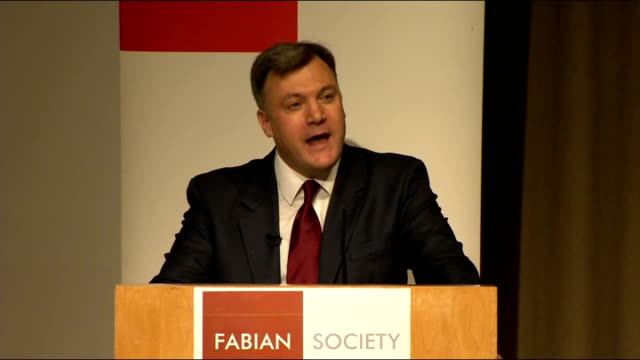 ed balls speech to the fabian society england london fabian society int ed balls mp speech sot however difficult this is for me for some of my... - itv weekend lunchtime news点の映像素材/bロール