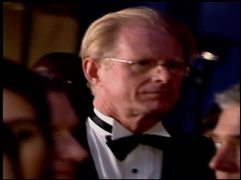 ed begley jr at the 2004 academy awards ballroom at the kodak theatre in hollywood california on february 29 2004 - 76th annual academy awards stock videos & royalty-free footage