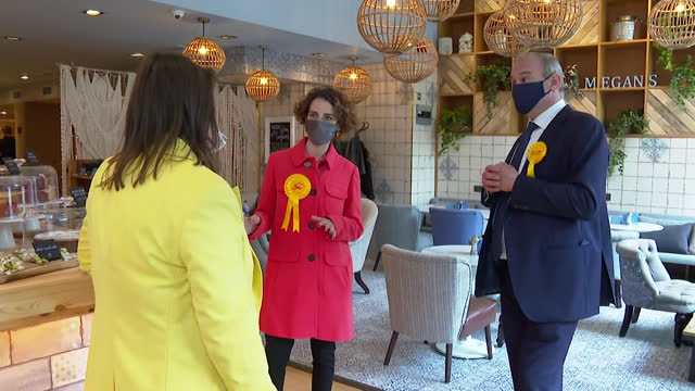 ed davey, liberal democrat leader, campaigning for the party in the local elections, meeting small business owners in surbiton - concepts stock videos & royalty-free footage