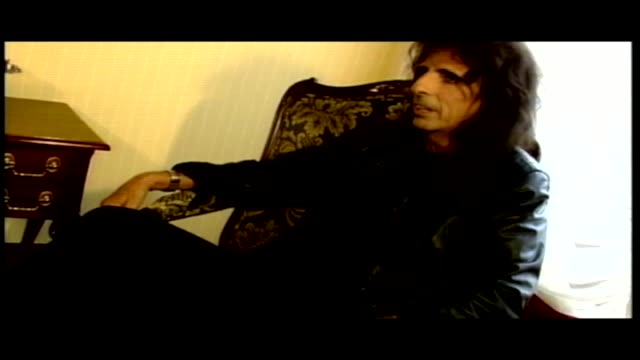 Ed Hall interviews the legendary Alice Cooper as featured in the Men and Motors Lifestyle show 'HOT'