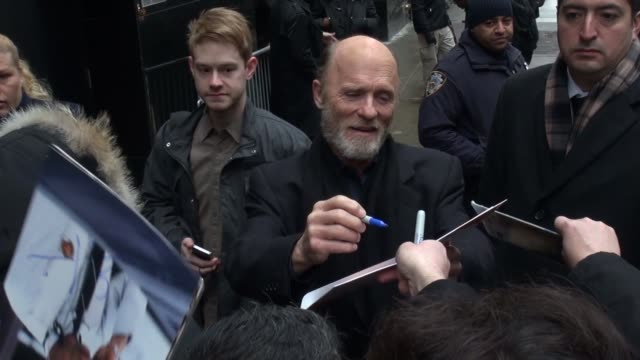 Ed Harris arrives at the Good Morning America show and signs for fans in Celebrity Sightings in New York