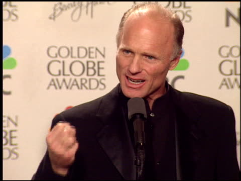 Ed Harris at the 1999 Golden Globe Awards at the Beverly Hilton in Beverly Hills California on January 24 1999