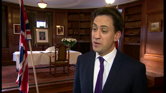ed miliband explaining what nelson mandela meant to him after mandela's death - politics icon stock videos & royalty-free footage
