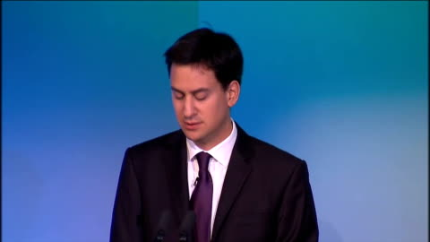 ed miliband speech at tuc conference; ed miliband speech continued sot i want to talk to you today about how we as a country can build that new... - 労働組合会議点の映像素材/bロール