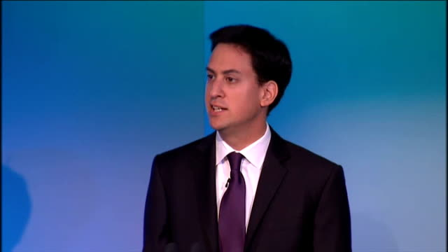 ed miliband speech at tuc conference; england: london: int ed miliband mp speech sot 10 years ago tony blair came to the tuc / he did'nt deliver the... - 労働組合会議点の映像素材/bロール
