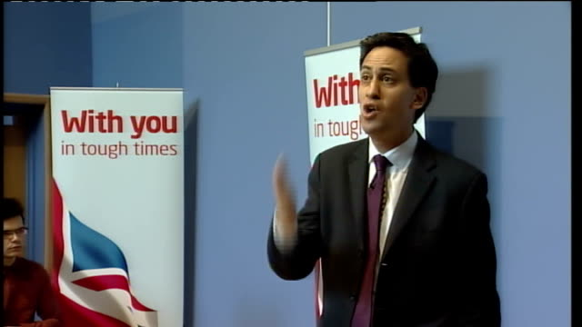 derbyshire derby int margaret beckett mp intro sot / ed miliband mp speech sot thank you very much it is great to be here with margaret beckett chris... - thank you englischer satz stock-videos und b-roll-filmmaterial