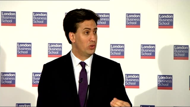 ed miliband speech on the european union; miliband speech sot the benefits system in fact already recognises this. but we need to act on areas of... - simply red点の映像素材/bロール