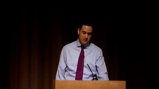 vídeos de stock, filmes e b-roll de ed miliband speech to fabian society ed miliband speech continued sot the first is to understand why our economy has stopped working for people –... - model t