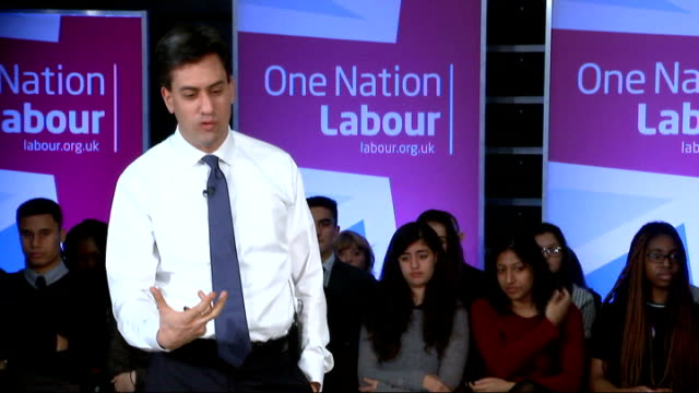 ed miliband visits school in finchley q president obama changing us policy on immigration / effects of tweet by emily thornberry on labour's... - politics and government stock videos & royalty-free footage