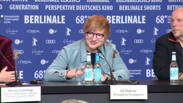 vidéos et rushes de interview ed sheeran on making one movie at 68th berlin film festival 'songwriter' press conference at grand hyatt hotel on february 23 2018 in... - ming