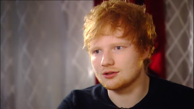 ed sheeran speaking in 2014 about making decision to work with noted american recording industry figures such as rick rubin in working on second... - cd発売点の映像素材/bロール