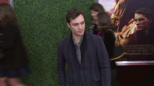 ed westwick at the world premiere of dreamworks pictures' 'war horse' at new york ny. - war stock-videos und b-roll-filmmaterial