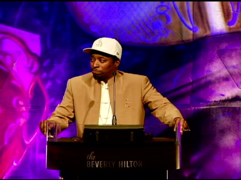 stockvideo's en b-roll-footage met eddie griffin making jokes doing his richard pryor impression at the 23rd annual 'salute to youth' hosted by sheriff baca's foundation at null in... - richard pryor