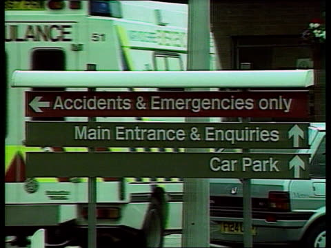 accident england warwickshire warwick hospital sign welcome to warwick hospital ms accidents emergency sign pull out to hospital buildings - warwickshire stock videos & royalty-free footage