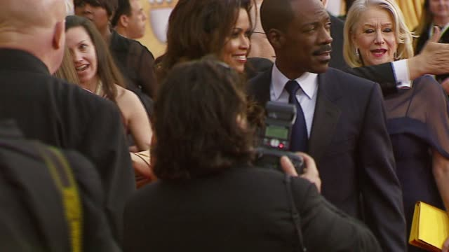 eddie murphy at the 2007 screen actors guild sag awards at the shrine auditorium in los angeles california on january 28 2007 - eddie murphy stock videos & royalty-free footage