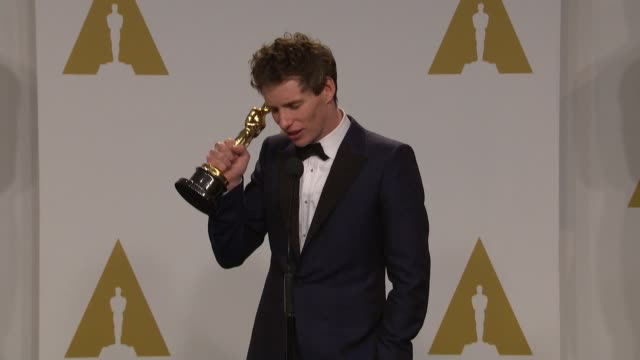 speech eddie redmayne at the 87th annual academy awards press room at dolby theatre on february 22 2015 in hollywood california - neckwear stock videos and b-roll footage