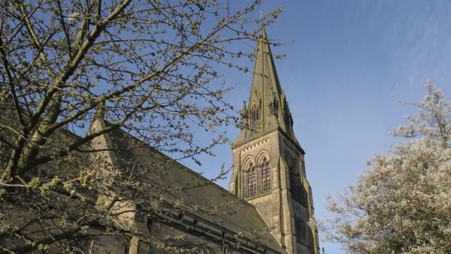 edensor church, chatsworth park, derbyshire, england, uk, europe - derbyshire stock-videos und b-roll-filmmaterial