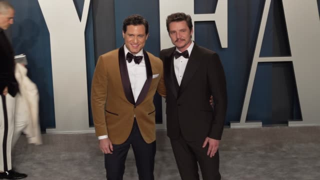 edgar ramirez and pedro pascal at vanity fair oscar party at wallis annenberg center for the performing arts on february 09 2020 in beverly hills... - pedro pascal stock videos & royalty-free footage