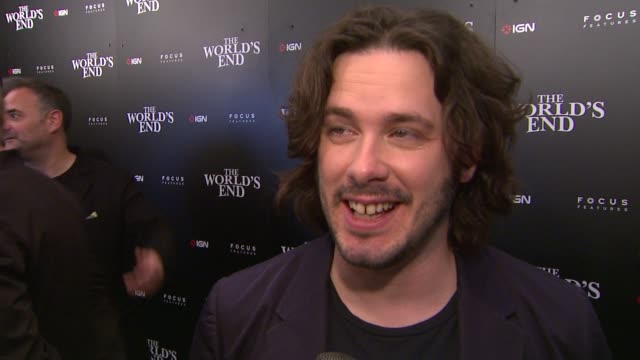 interview edgar wright on what fans can expect from the world's end on being on set with simon pegg and nick frost on where the idea for this film... - 2013点の映像素材/bロール
