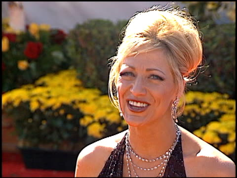 edie falco at the 2000 emmy awards at the shrine auditorium in los angeles, california on september 10, 2000. - shrine auditorium video stock e b–roll