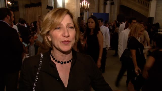 INTERVIEW Edie Falco talks about why literacy is an important cause to her her daughter Macy shares her favorite book Eddie shares that reading is an...