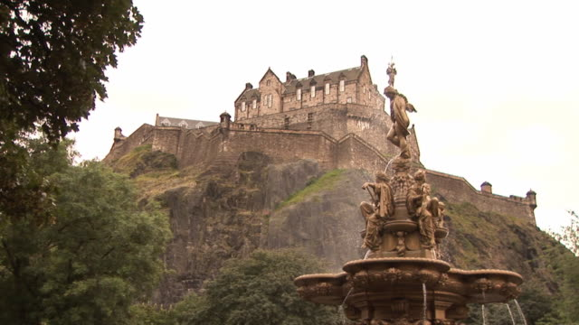 Edinburgh Castle - HD & PAL 2