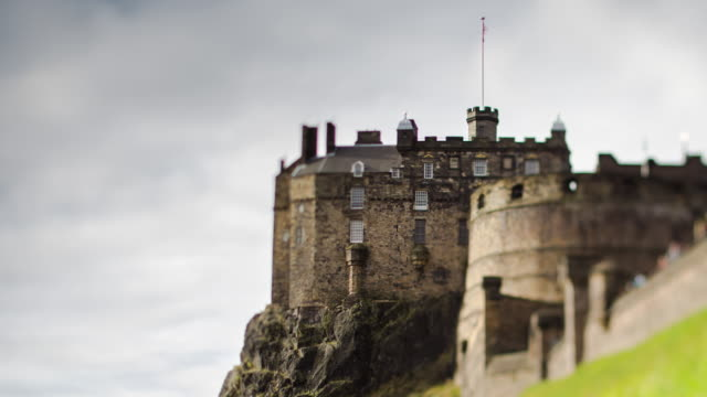 edinburgh castle - tilt shift timelapse - edinburgh scotland stock videos & royalty-free footage