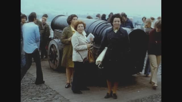 edinburgh castle view in 70's - nostalgia stock videos & royalty-free footage