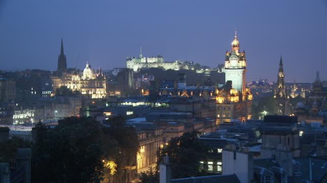 WS, Edinburgh skyline at dusk, Scotland, United Kingdom