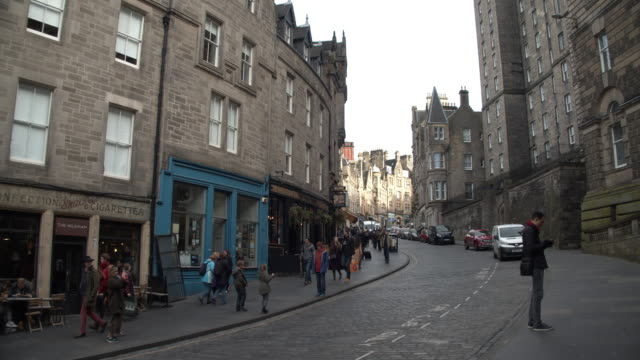 edinburgh - tourism stock videos & royalty-free footage