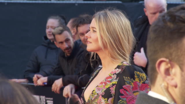 edith bowman at 'the irishman' international premiere 63rd bfi london film festival closing carpet on october 13 2019 in london england - premiere stock-videos und b-roll-filmmaterial