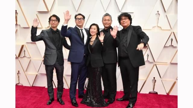 vídeos de stock e filmes b-roll de editor yang jin-mo, writer jin won han, producer kwak sin-ae, production designer ha-jun lee, and filmmaker bong joon ho attend the 92nd annual... - sin editar