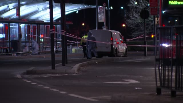 edmonton bus station sealed off after stabbing incident england london enfield edmonton bus station various of police tape sealing off bus station... - messerstecherei stock-videos und b-roll-filmmaterial
