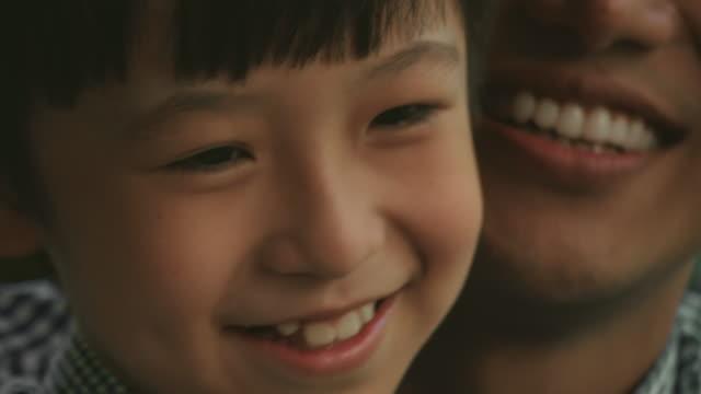 bildung von zu hause aus - childhood stock-videos und b-roll-filmmaterial