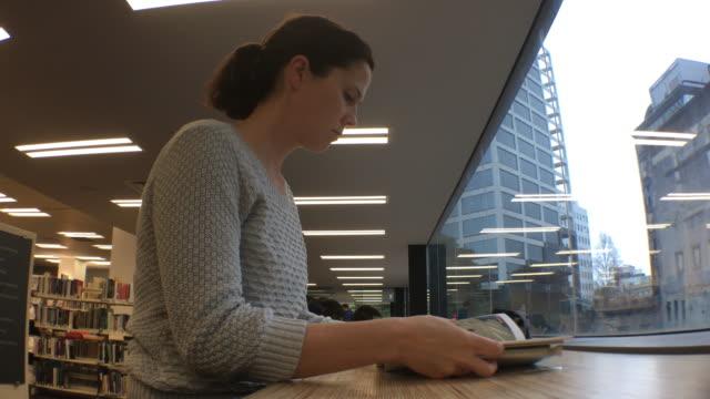 vidéos et rushes de education in new zealand - new age concept