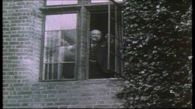 edward heath profile itn churchill out of no10 churchill at window tx 19162 itn up stairs into common market negotiations/round table - edward heath stock-videos und b-roll-filmmaterial