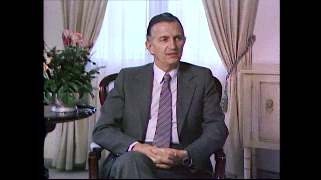 """edward seaga, fifth prime minister of jamaica, pays tribute to bob marley, his fame and his message after his death; 1981. """"he was, not just a... - ボブ・マーリー点の映像素材/bロール"""