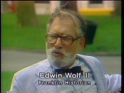 vídeos de stock e filmes b-roll de edwin wolf ii discusses benjamin franklin's study of gulf streams and transportation - benjamin franklin