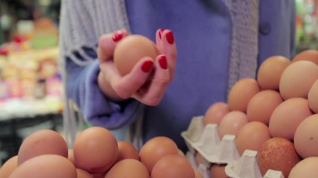 eggs on market - shawl stock videos & royalty-free footage
