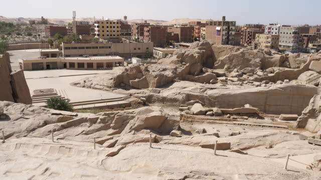 egypt, aswan - unfinished obelisk - quarry stock videos & royalty-free footage