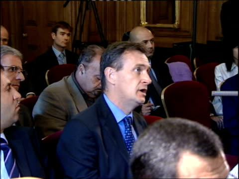 ehud olmert press conference with gordon brown gordon brown mp press conference sot refuses to comment further on political party funding following... - 断る点の映像素材/bロール