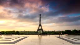 Eiffel tower 4K hyperlapse timelapse