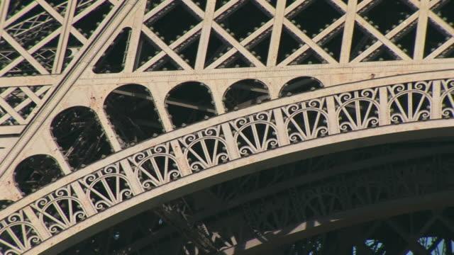 cu, pan, eiffel tower, architectural details, paris, france - eiffel tower paris stock videos & royalty-free footage