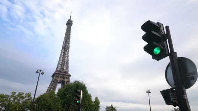 vidéos et rushes de tour eiffel - pont de bir hakeim