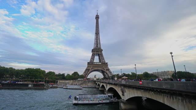 vidéos et rushes de la tour eiffel - pont de bir hakeim
