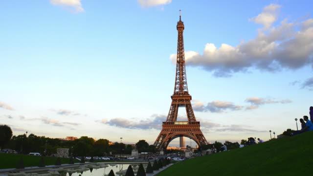 eiffel tower views - eiffel tower stock videos & royalty-free footage