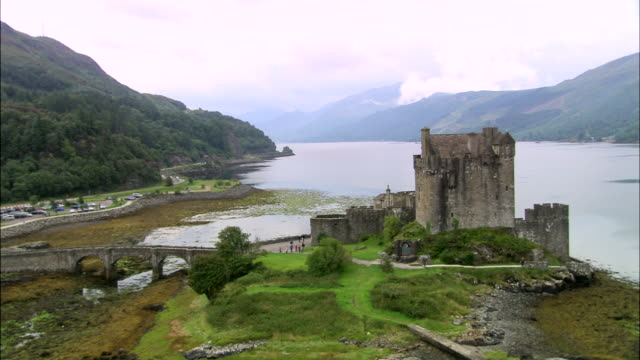 eilean donan castle - scottish highlands stock videos & royalty-free footage